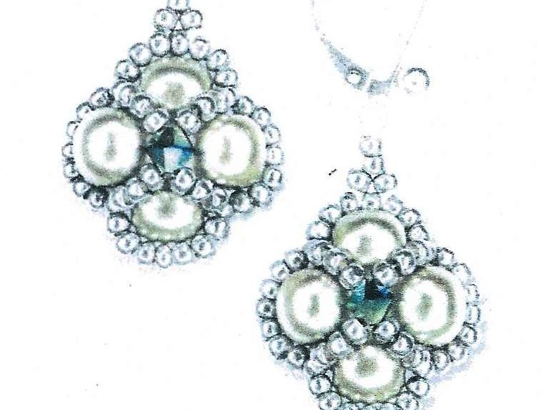 Beaded_earrings_jewelled